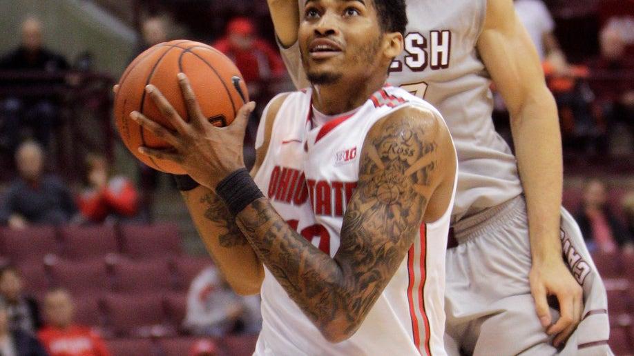 6113a9a9-Walsh Ohio St Basketball