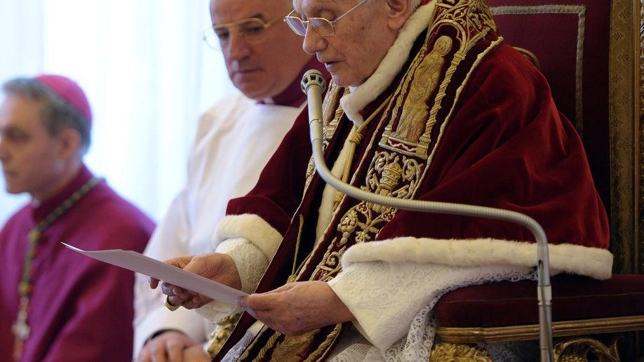f79858a1-Vatican Pope Resigns