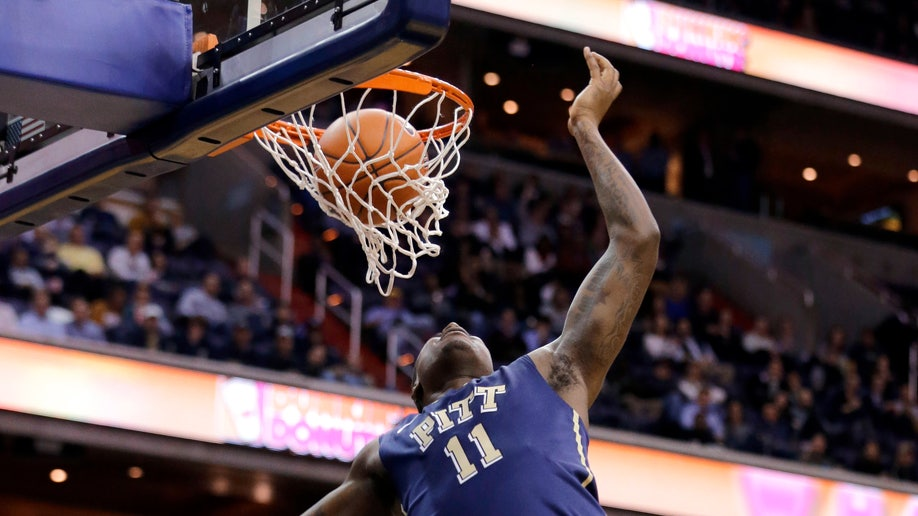 APTOPIX Pittsburgh Georgetown Basketball