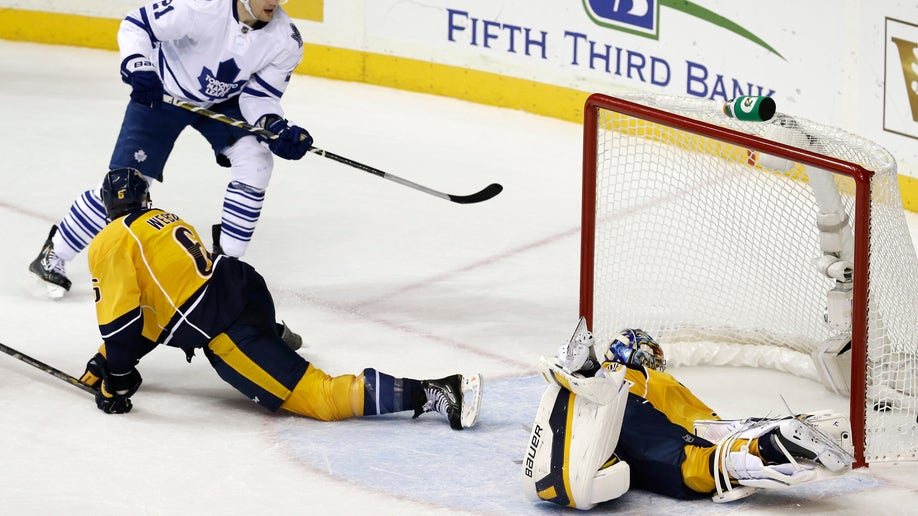 a29ca6d4-Maple Leafs Predators Hockey