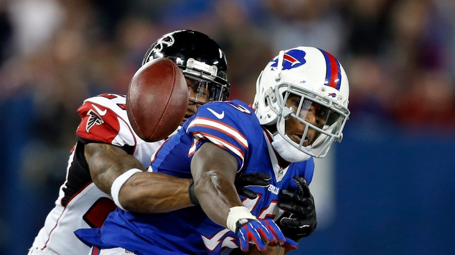 6d444f49-Falcons Bills Football