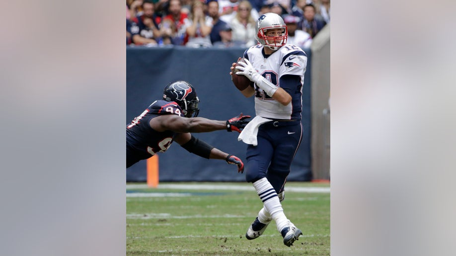 6d8f7400-Patriots Texans Football