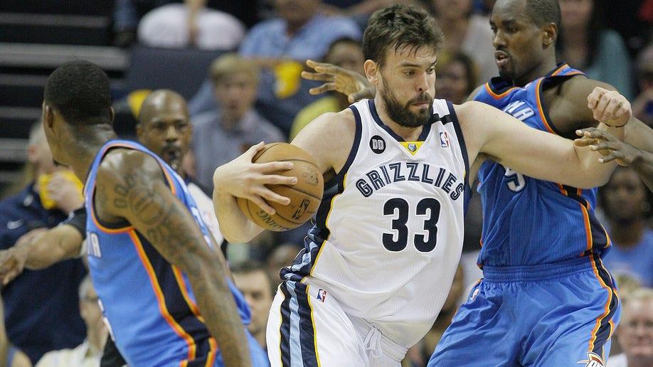 b2ff33ba-Thunder Grizzlies Basketball