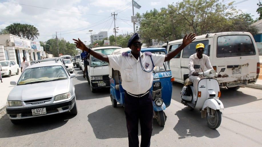 8cf65a9f-Somalia Traffic Cops