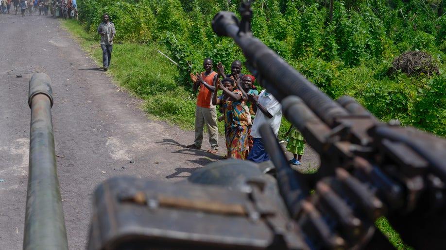 5a96e63b-Congo Fighting