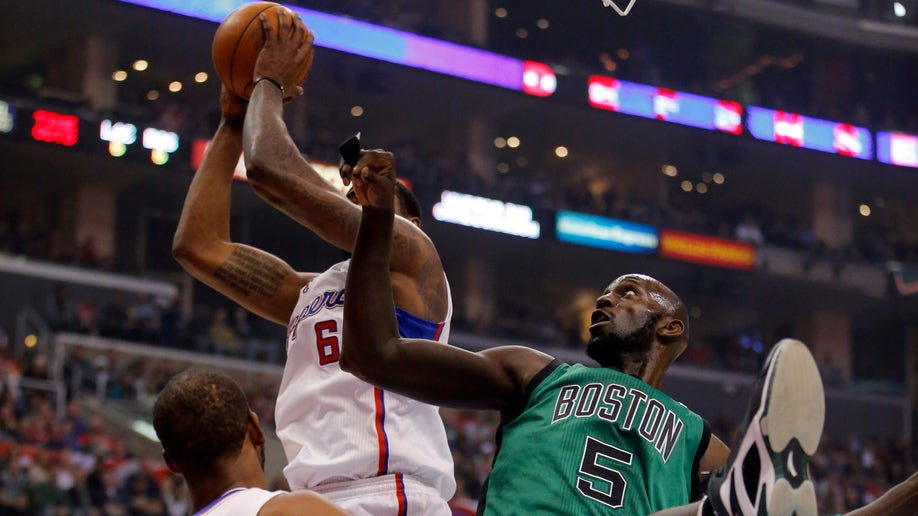 89108548-Celtics Clippers Basketball