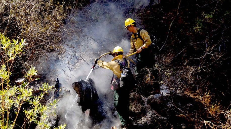 e22ec7ac-California Wildfire