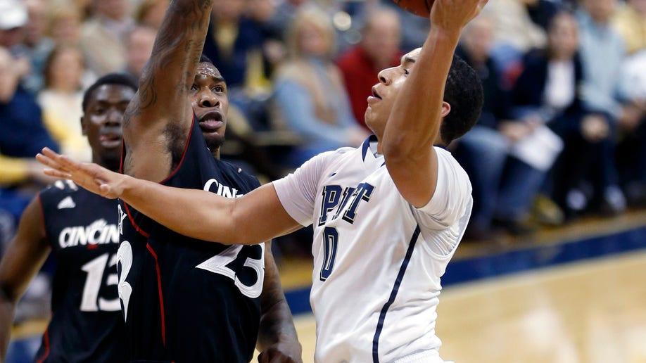 169c0f16-Cincinnati Pittsburgh Basketball