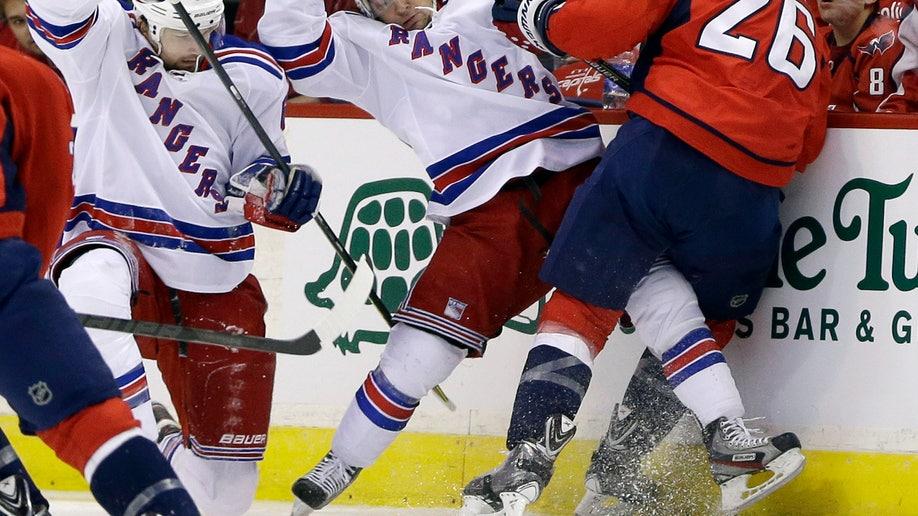 79b646e6-Rangers Capitals Hockey