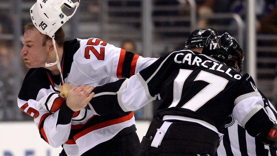 952e7348-Devils Kings Hockey