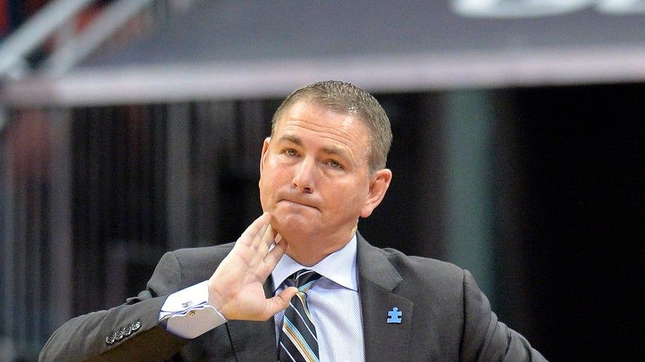 af55ddda-UCF Louisville Basketball