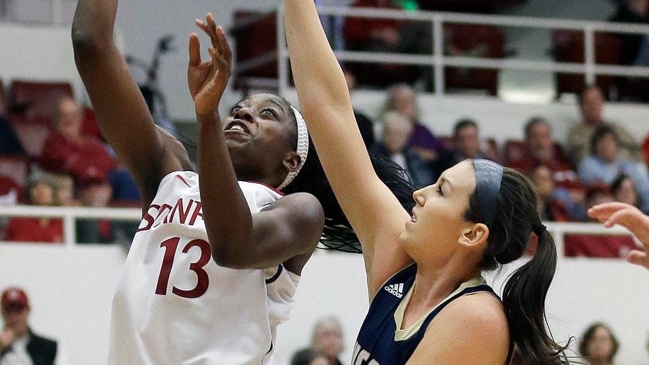 5c48a76f-UC Davis Stanford Basketball