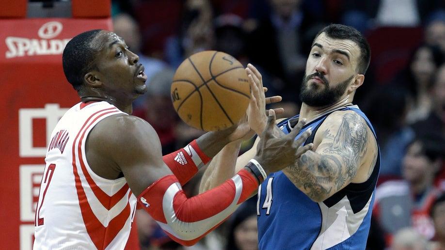 28cbf5d9-Timberwolves Rockets Basketball