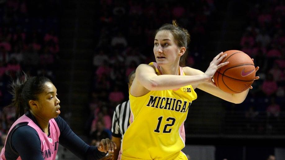 561e5bef-Michigan Penn St Basketball