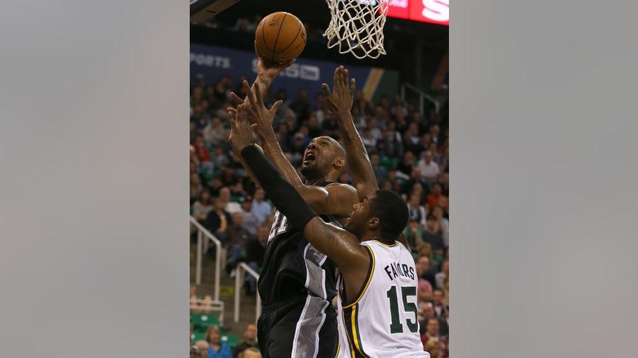 2d50e132-Spurs Jazz Basketball