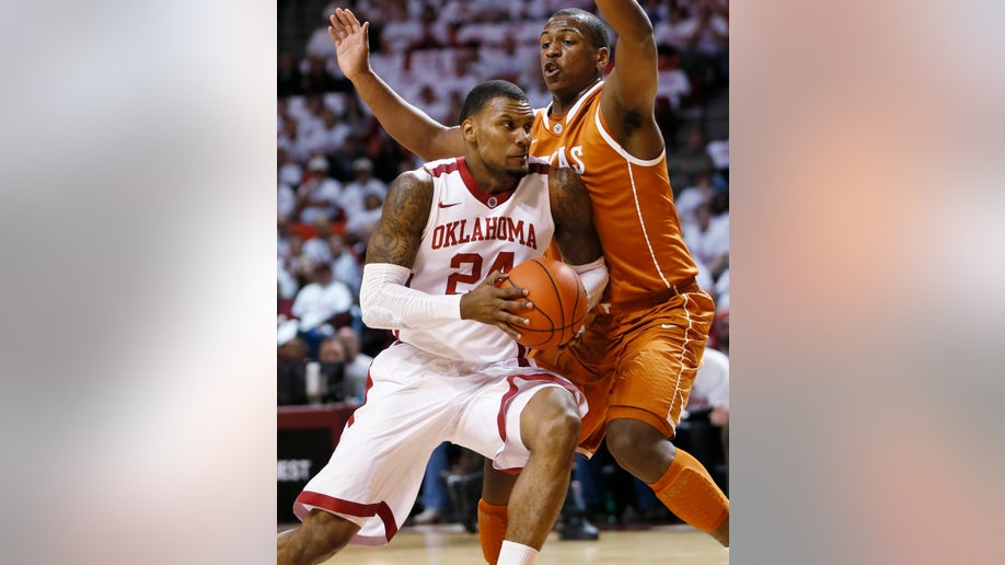 f2f353a2-Oklahoma Texas basketball
