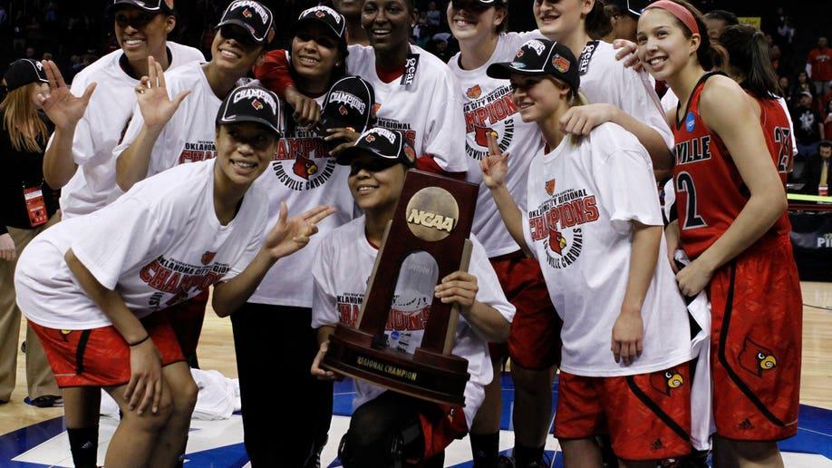 5bbe3c1f-NCAA Louisville Tennessee Basketball
