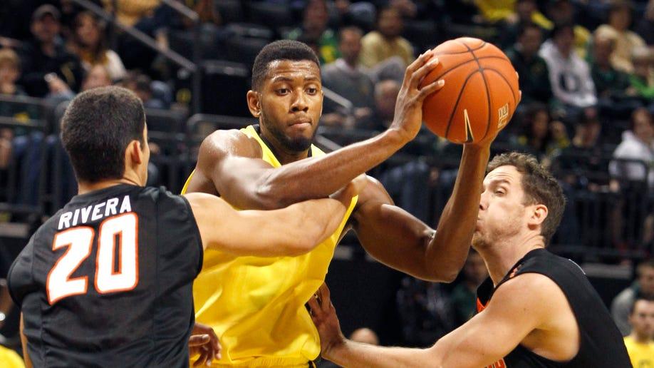 Pacific Oregon Basketball