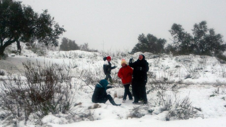 1e63ec29-Mideast Israel Palestinians Weather