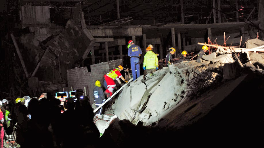 b896a3b8-South Africa Mall Collapse