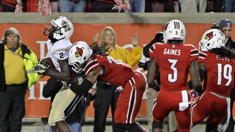 c0d4716f-UCF Louisville Football
