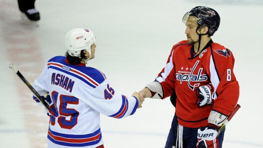 91df9a4a-Rangers Capitals Hockey