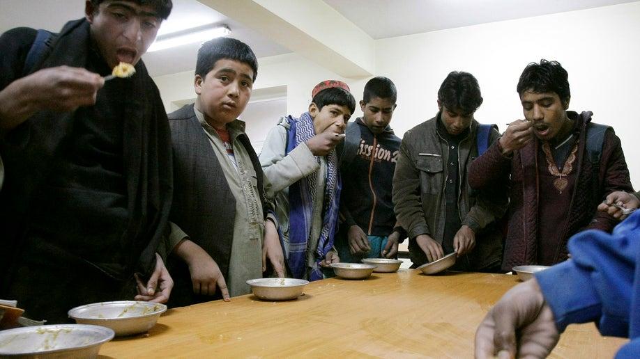 b80b13cf-Afghanistan Dwindling Aid