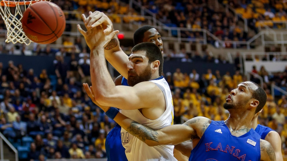 315c557b-Kansas West Virginia Basketball