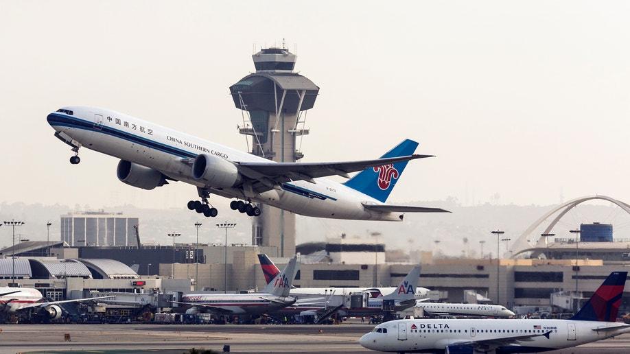 7c7062d8-Sequester Flight Delays