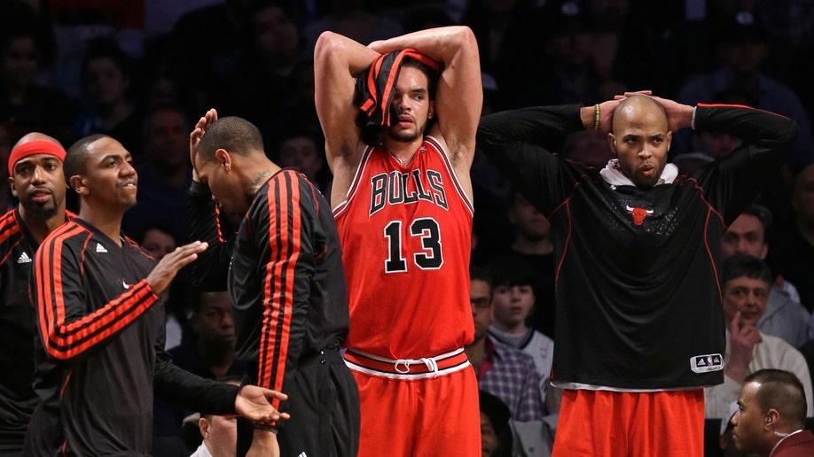 f3fa6775-Bulls Nets Basketball