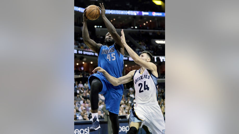 40c1ef0c-Mavericks Grizzlies Basketball