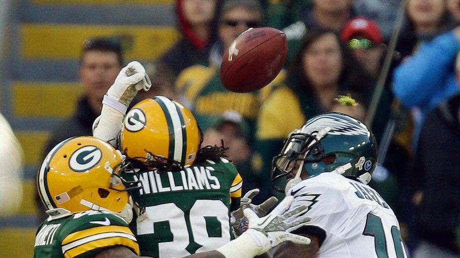 2cddb312-Eagles Packers Football
