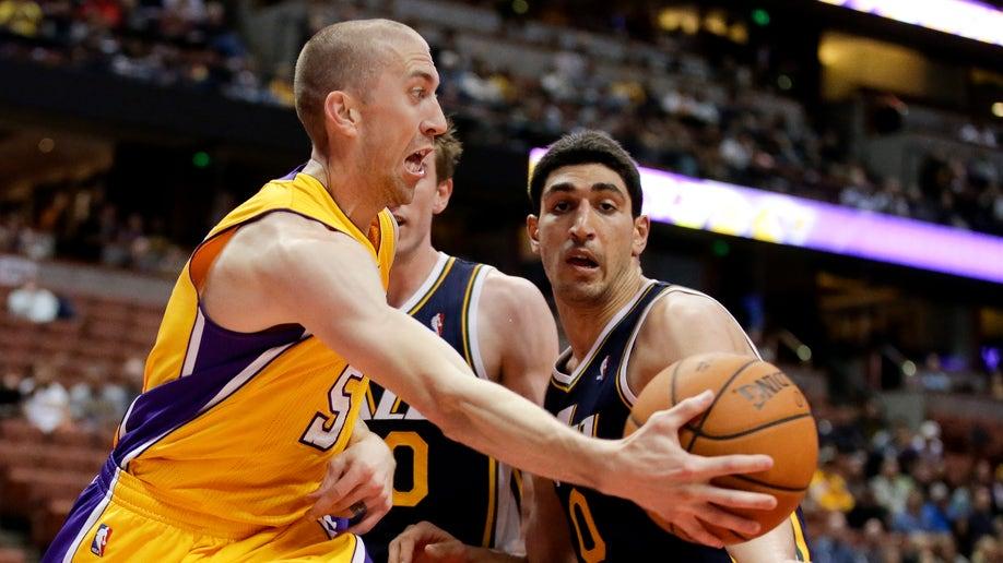 34c07763-Jazz Lakers Basketball