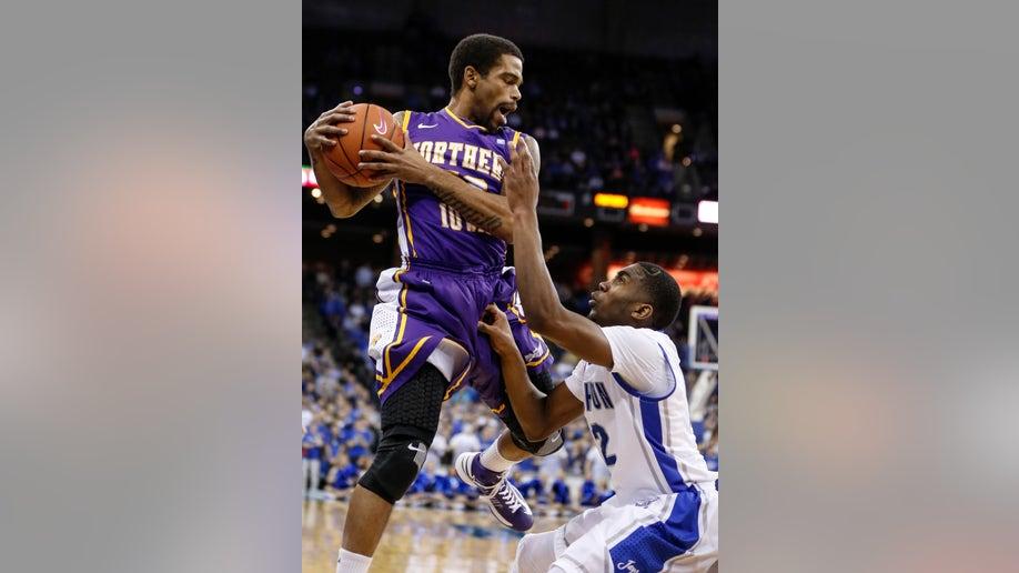f7b8bdc4-N Iowa Creighton Basketball