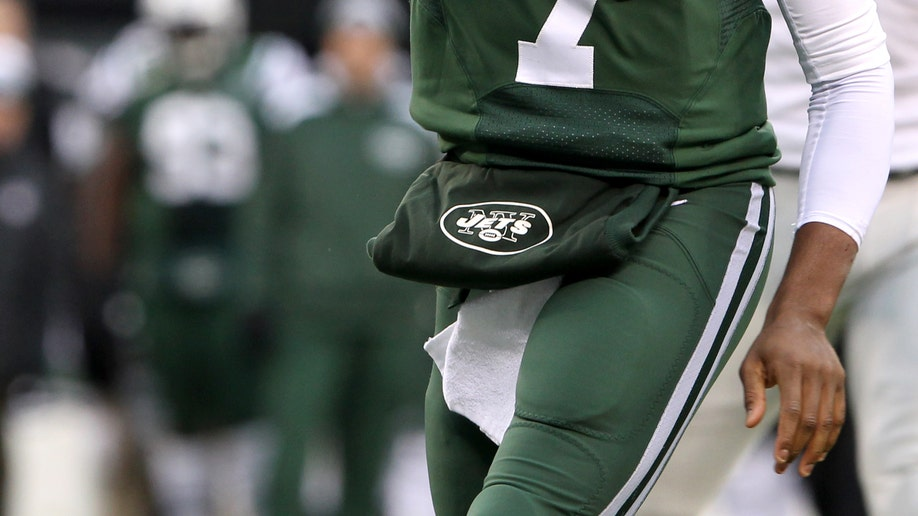 80cf3b17-Raiders Jets Football