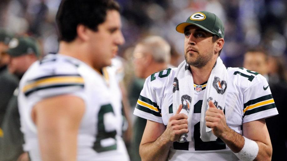 85e8b517-Packers Vikings Football