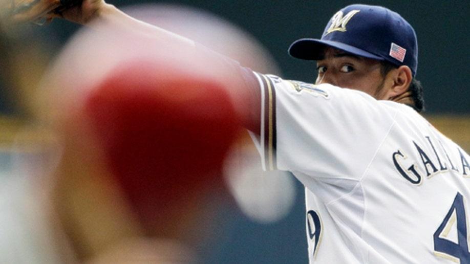 824843b6-Phillies Brewers Baseball