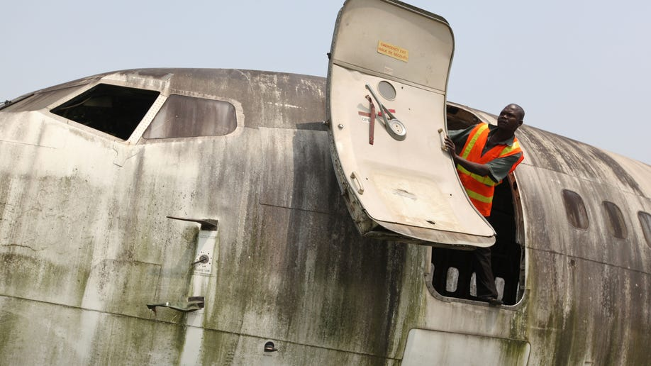 450c27b3-Nigeria Plane Graveyard