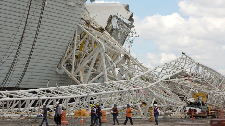 833a509c-Brazil Stadium Collapse