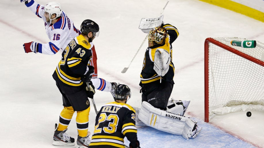 0aa83c4a-Rangers Bruins Hockey