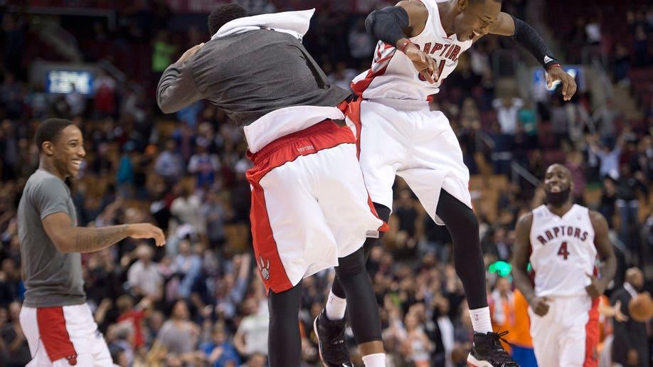 eefcb4cd-Knicks Raptors Basketball