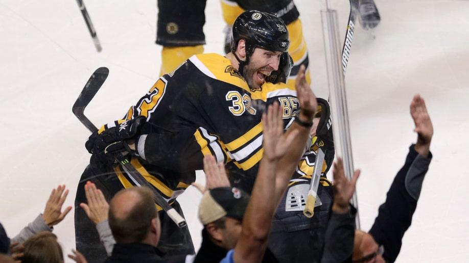 f2b18d5f-Maple Leafs Bruins Hockey