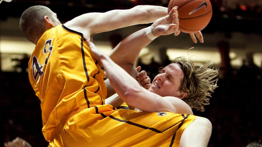 New Mexico Wyoming Basketball