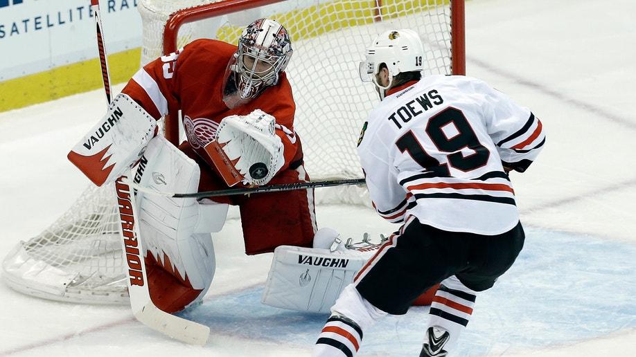 99d2fef0-APTOPIX Blackhawks Red Wings Hockey