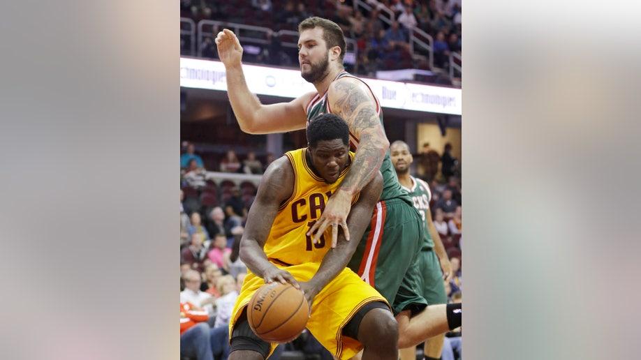 Bucks Cavaliers Basketball