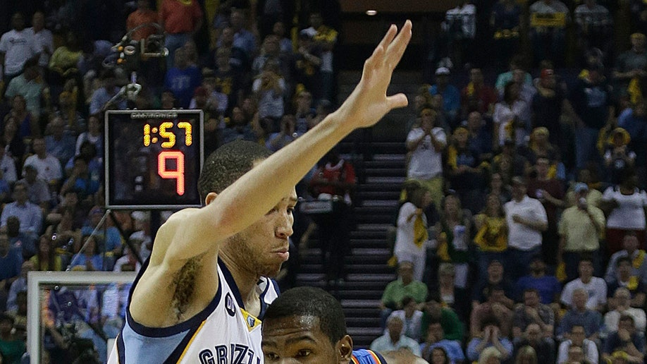 0944c161-Thunder Grizzlies Basketball