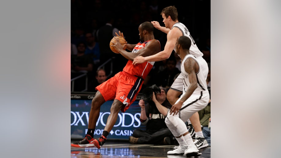 c8cd41ec-Wizards Nets Basketball