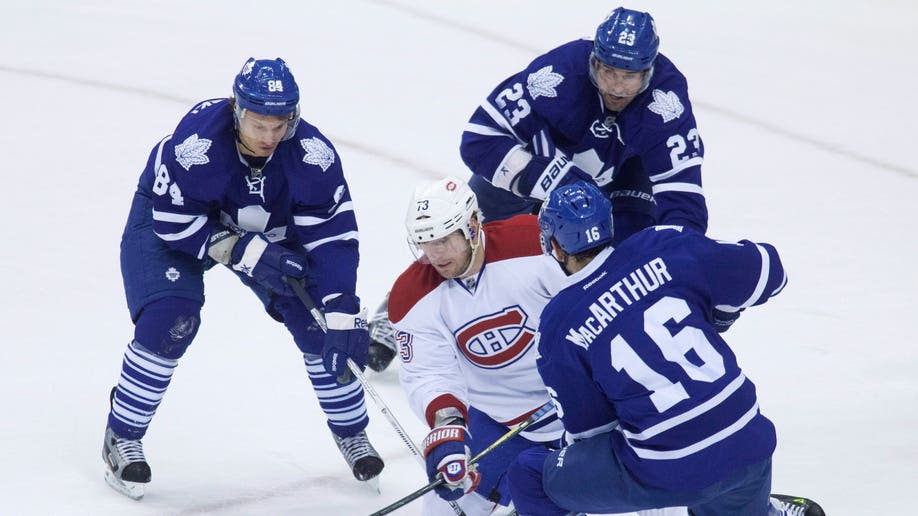671382e2-Canadiens Maple Leafs Hockey