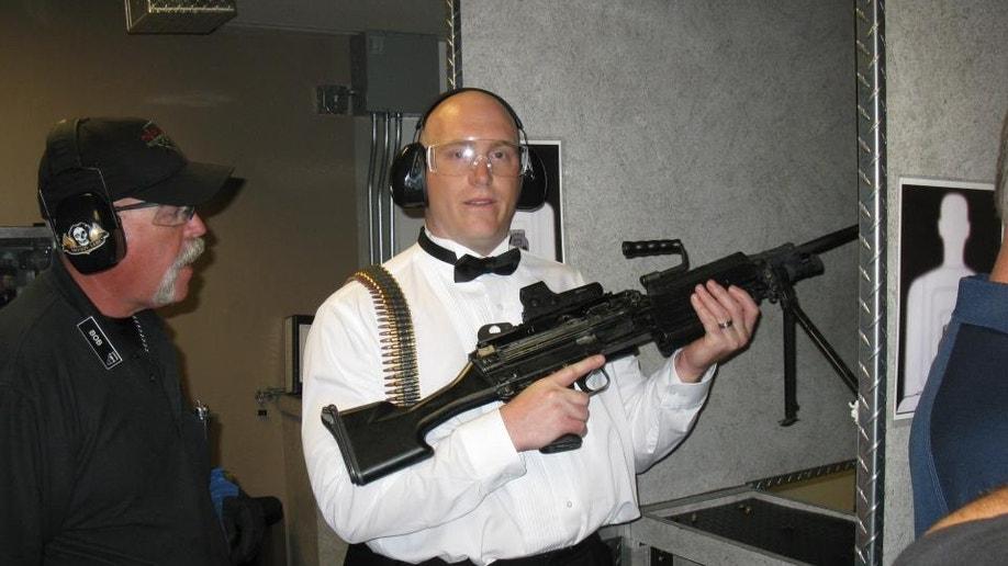 9f4cb1ae-Valentines Day Guns