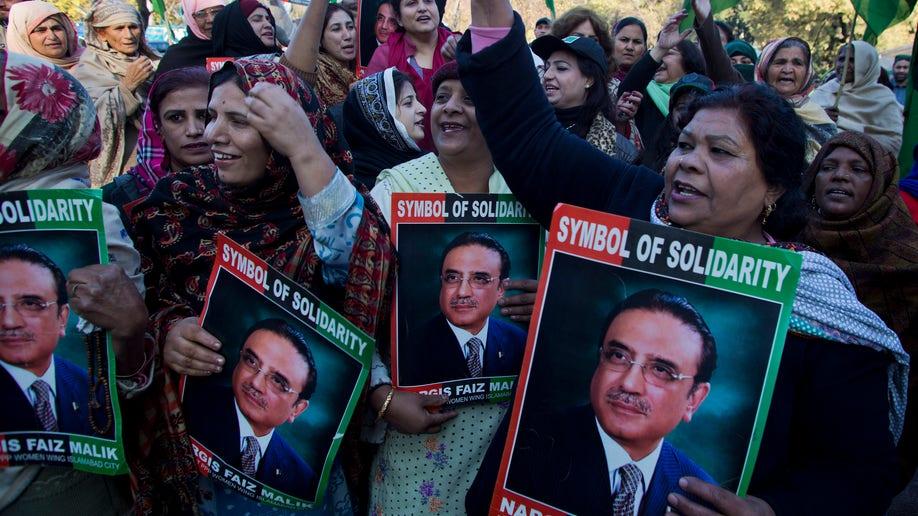 3894b8e6-Pakistan Zardari